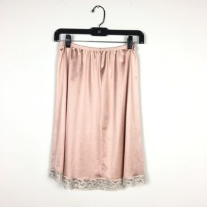 Vintage Vanity Fair Peach Nylon Lace Medium Slip